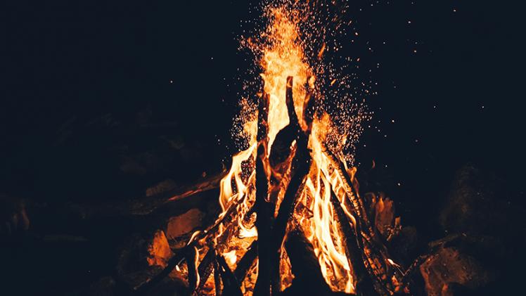 5 spôsobov, ako spraviť oheň bez zapaľovača. Videonávod v článku